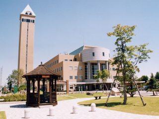 四季の塔 :: 一般社団法人 美瑛町観光協会